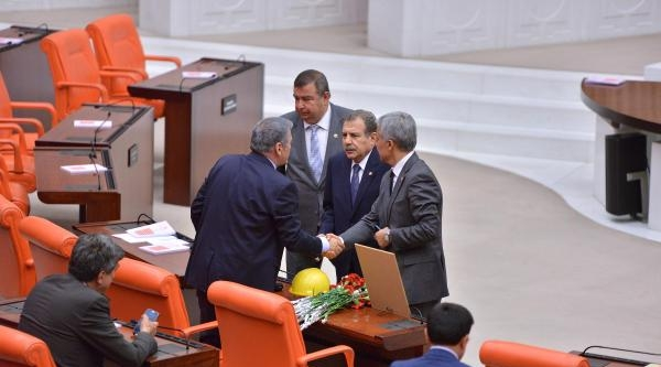 Genel Kurul'da Soma İle İlgili Meclis Araştırması Açılmasını İçeren Önergelerin Görüşülmesine Başlandı
