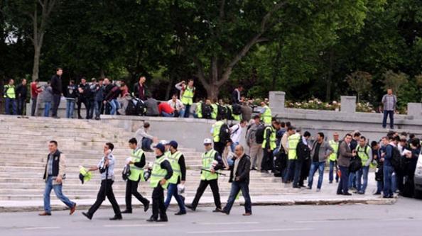 Gezi Parkı kapatıldı...