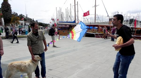 Gezi'de Ölenler 'sessiz Duruş' İle Anıldı