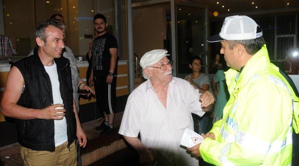 Giresun Polisinden Yorgun Sürücülere Çay- Kahve Molası