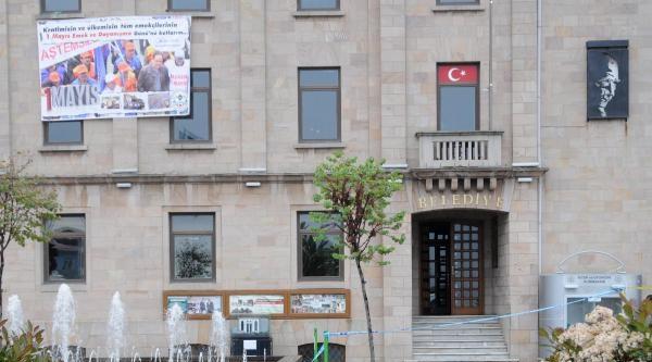 Giresun'da Şüpheli Paketten Odun Ve Talaş Çikti