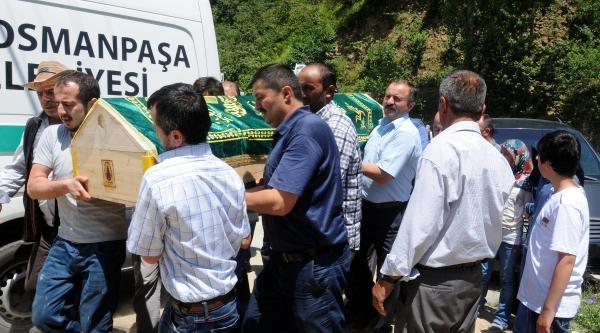 Göçük Altında Kalan İşçi Giresun'da Toprağa Verildi