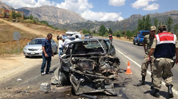 Göksun'da Kaza: 5 Yaralı