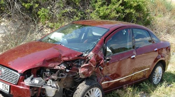Gölbaşı'nda Trafik Kazası: 4 Yaralı
