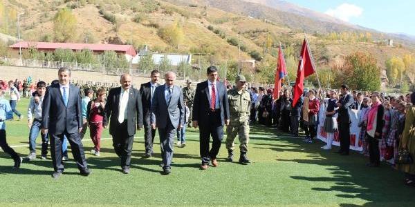 Goman Daği'nda Türk Bayraği Açtilar