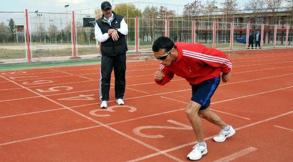 Görme Engelli Oğuz Olimpiyat Birinciliği Hedefliyor