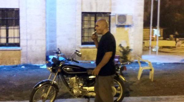 Gözaltına Alınacağını Anlayınca Benzin Deposuna Sigara Attı