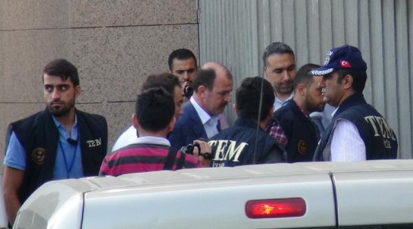 Gözaltındaki Polisler Adliyeye Sevk Edildi (2)