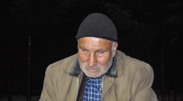Gözleri Görmeyen Yaşlı Adamı Dövüp Parasını Aldılar