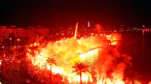 Göztepe'nin 89'uncu Yıl Kutlaması Coşkulu Geçti