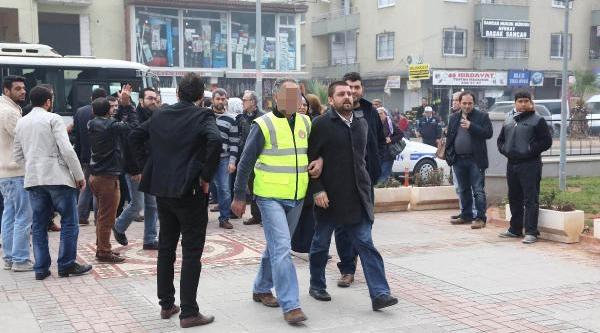 Gümrükte  'rüşvet' Operasyonunda 7 Kişi Tutuklandi