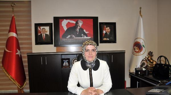 Gümüşhane'nin İlk Kadın Belediye Başkan Vekili Görevde