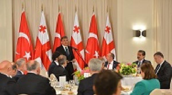 Gürcistan Cumhurbaşkanı Margvelashvili'den Cumhurbaşkanı Gül Onuruna Akşam Yemeği