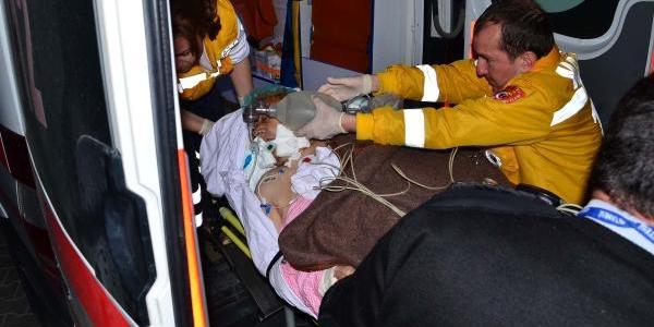 Hacda Kaza Geçirdi, Ambulans Uçakla Türkiye'Ye Getirildi