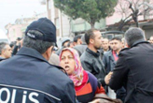 'Hacı TOKİ' mağdurları eylem yaptı