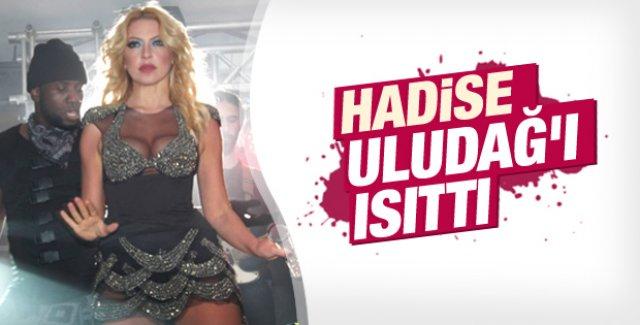 Hadise Uludağ'da konser verdi