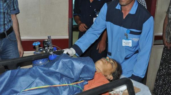Hafif Ticari Araçla Kamyon Çarpişti: 4 Ölü, Çok Sayıda Yaralı Var (fotoğraflar)