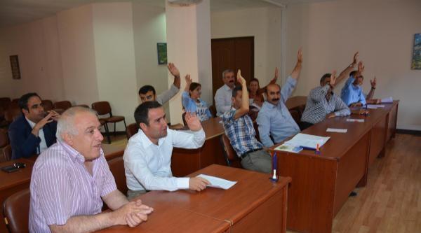 Hakkari Belediye Meclisi 'eş Başkanlık Yönetmeliği'ni Kabul Edildi.