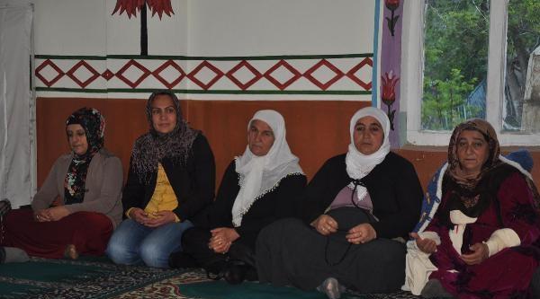 Hakkari Belediyesi Soma'daki Faciada Ölen Hakkarili İşçi İçin Mevlit Okuttu
