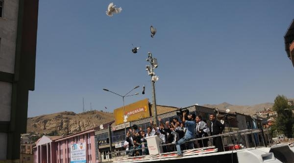Hakkari Ve Beşiktaş Belediyeleri Barış İçin Buluştu