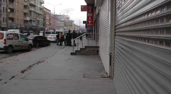 Hakkari Ve Yüksekova'da Kepenkler Kapali / Ek Fotoğraflar