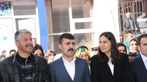 Hakkari'de 300 Bdp'li Öcalan'in Doğum Günü İçin Ömerli'ye Gidiyor
