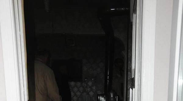 Hakkari'de Ev Yangını Paniğe Yol Açtı