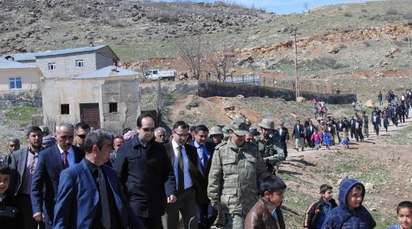 Hakkari'de İki Sınır Kapısı Açılacak