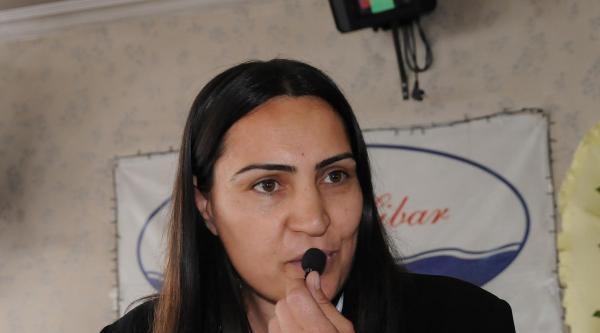 Hakkari'de Kadın Başkandan Anneler Günü Kutlaması