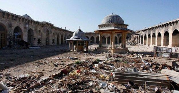 Halep'te camiler ezansız ve teravihsiz kaldı.