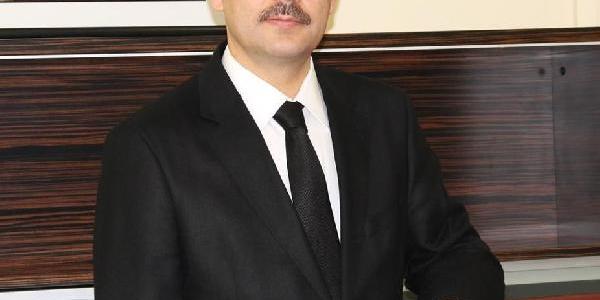Hali Saha Maçinda Fenalaşan Kamu Hastaneleri Genel Sekreteri Baştuğ, Tedavi Altina Alindi