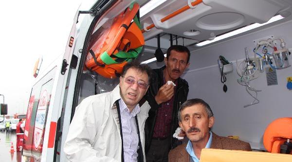 Halk Otobüsü Beton Mikserine Arkadan Çarpti: 14 Yaralı