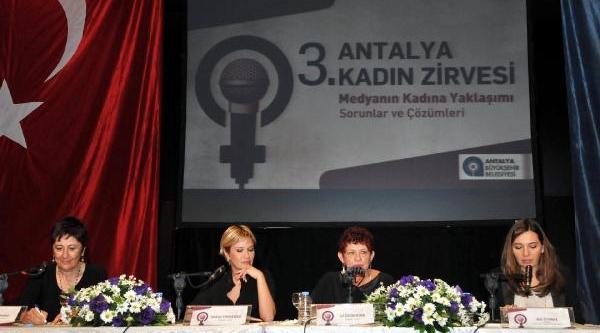 Halk Tv Genel Yayin Yönetmeni Hakan Aygün: Kadinlar Anali- Kizli Soymadi (2)