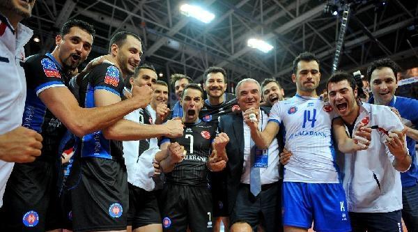 Halkbank, Cev Denizbank Erkekler Şampiyonlar Ligi'nde Finale Yükseldi