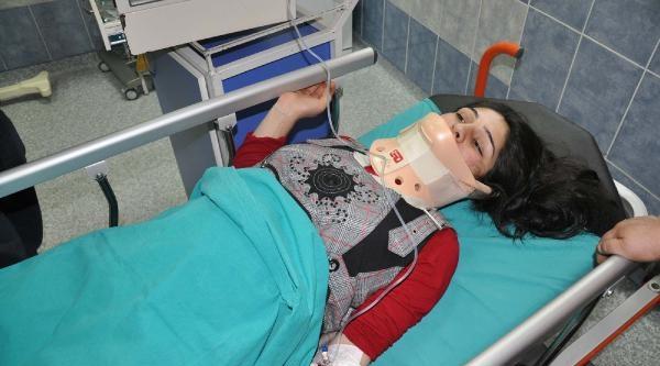 Hamile Taşıyan Ambulans Devrildi: 5 Yaralı (ek Fotoğraf)