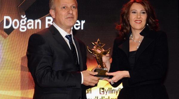 Hanzade Doğan Boyner'E 3'Üncü Kez 'En Iyi Iş Kadini' Ödülü