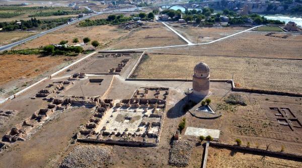 Hasankeyf'teki Zeynelbey Türbesi, 550 Yıl Sonra Taşınıyor