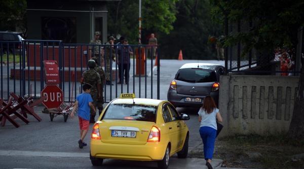 Hasdal Askeri Cezaevi Önünde Hareketlilik