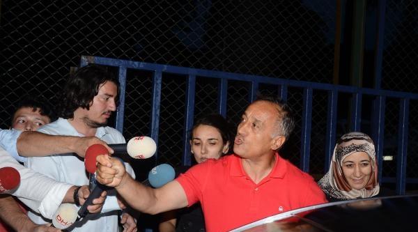 Hasdal Cezaevi'nden 42 Muvazzaf Subay Tahliye Oldu