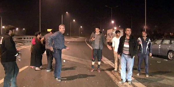 Hasdal'da Kaza: 3 Kişi Yaralandi