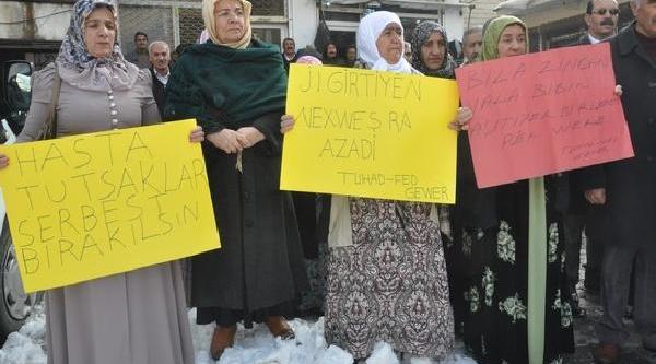 Hasta Tutuklular Için 50 Bin Imza Topladilar