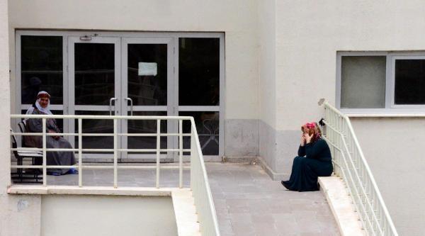 Hastane Çalişani, Hastadan Kaptığı Kkka'dan Öldü - Ek Fotoğraf