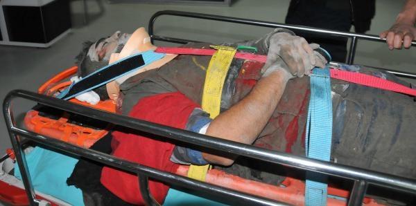 Hastane Inşaati Çöktü, 4 Işçi Yaralandi