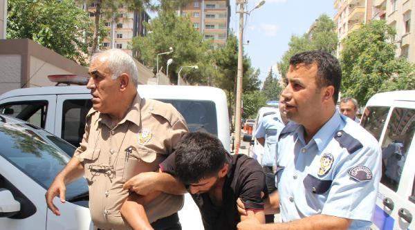 Hastanede Polisin Elinden Kaçan Hırsızlık Şüphelisi, 3 Saat Sonra Yakalandı