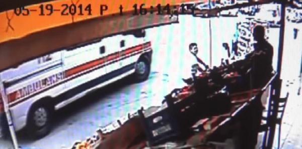 Hastayı Ambulansta Bırakıp Sokak Kavgası Yaptılar