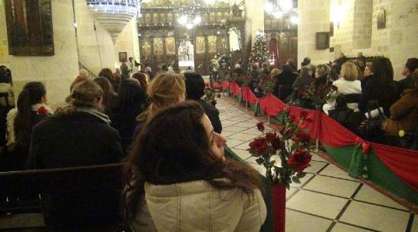 Hatayli Hiristiyanlar Noel'i Kutladi