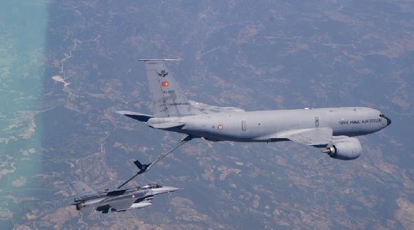 Hava Kuvvetleri Komutanı Akın Öztürk'ten Havada Yakıt İkmali
