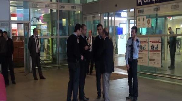 Havalimanında Silah Sesleri