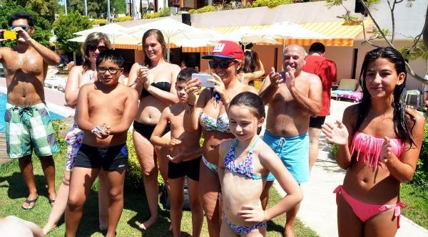 Havuz Başında Ice Bucket Etkinliğine Yoğun İlgi (2)