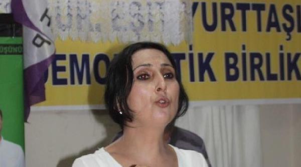 Hdp'li Yüksekdağ: Hükümet Işid'e Yardım Ediyor